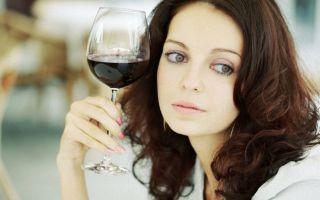 Названа главная опасность алкоголя для женщин