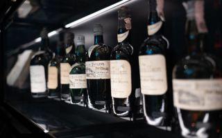В Минздраве поддержали предложение убрать алкоголь из обычных магазинов