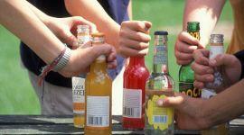 Названа неожиданная опасность алкоголя для подростков