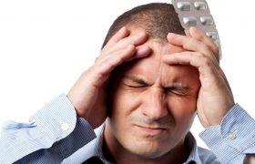 Почему болит голова после алкоголя и как избавиться от боли