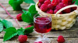 Малиновое вино: как сделать в домашних условиях