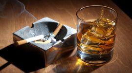 Ученые доказали, что алкоголь и табак опаснее тяжелых наркотиков