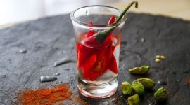 Водка от простуды: помогает ли, народные рецепты
