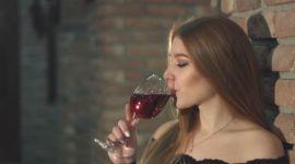 Вино красное и белое: польза и вред вина для организма