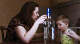Пьющая жена: что делать, если жена часто пьет