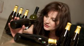 Женский алкоголизм: влияние алкоголя на женский организм