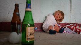 Пассивный алкоголизм разрушает здоровье детей