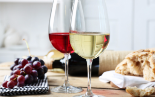 Виноградное вино в домашних условиях: как делать