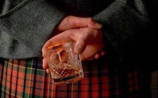 Шотландцам своеобразно запретили пить дешевый алкоголь
