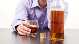 Алкогольный гепатит: признаки, виды, осложнения