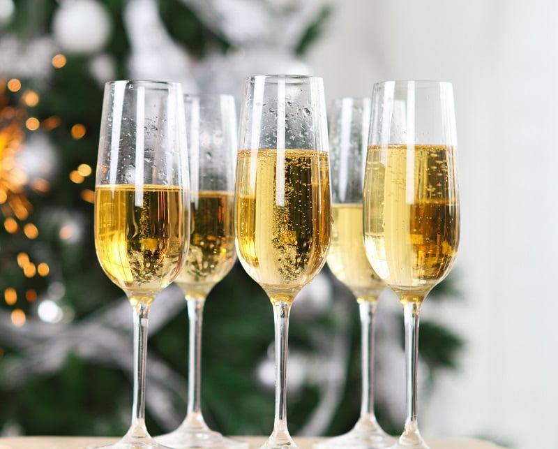 Шампанское с чем пьют и закусывают