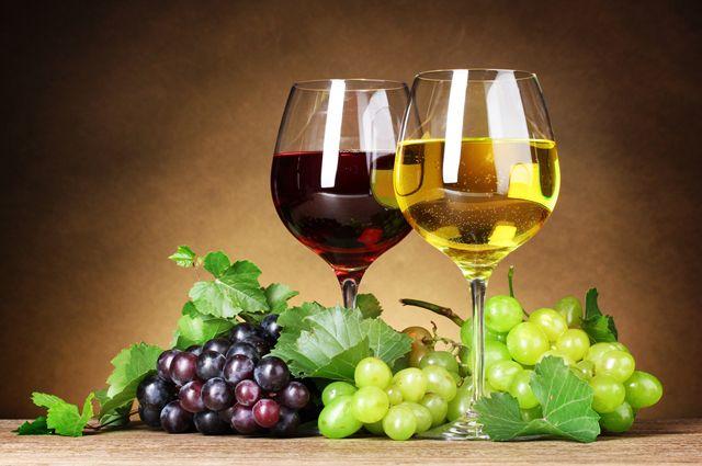 Вино понижает или повышает давление