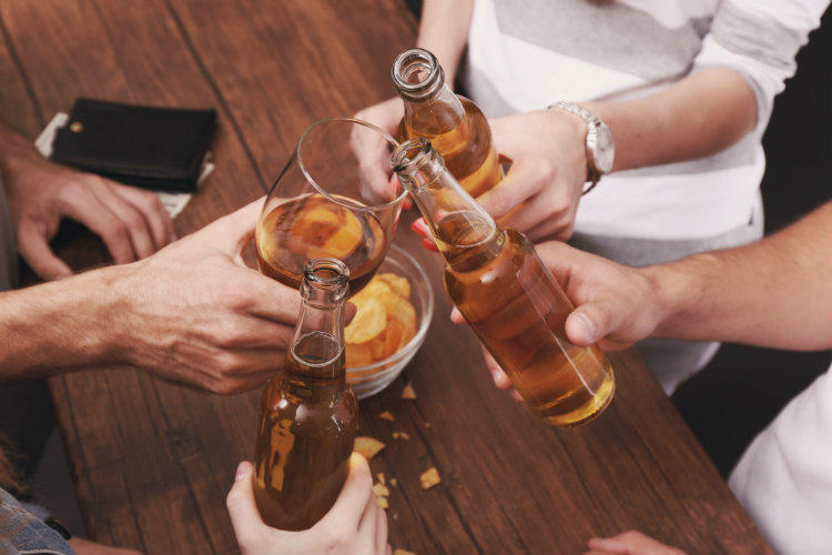Алкоголиков стало меньше