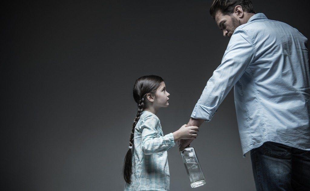 Дети в семьях алкоголиков