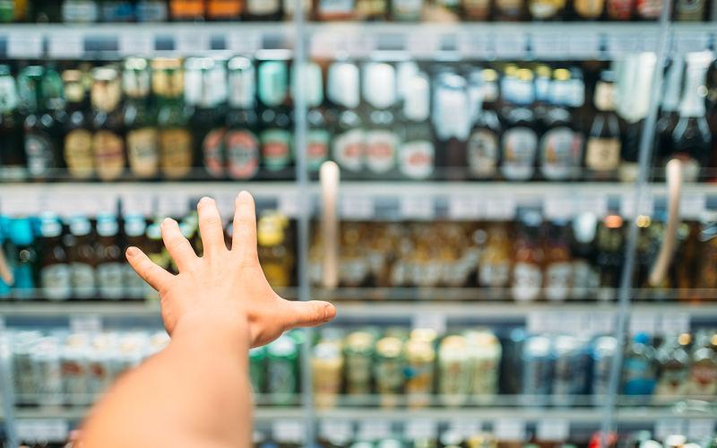 На АЗС снова может появиться алкоголь фото